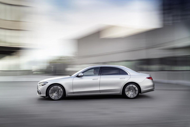 Mercedes S-Class 2021 chính thức vén màn