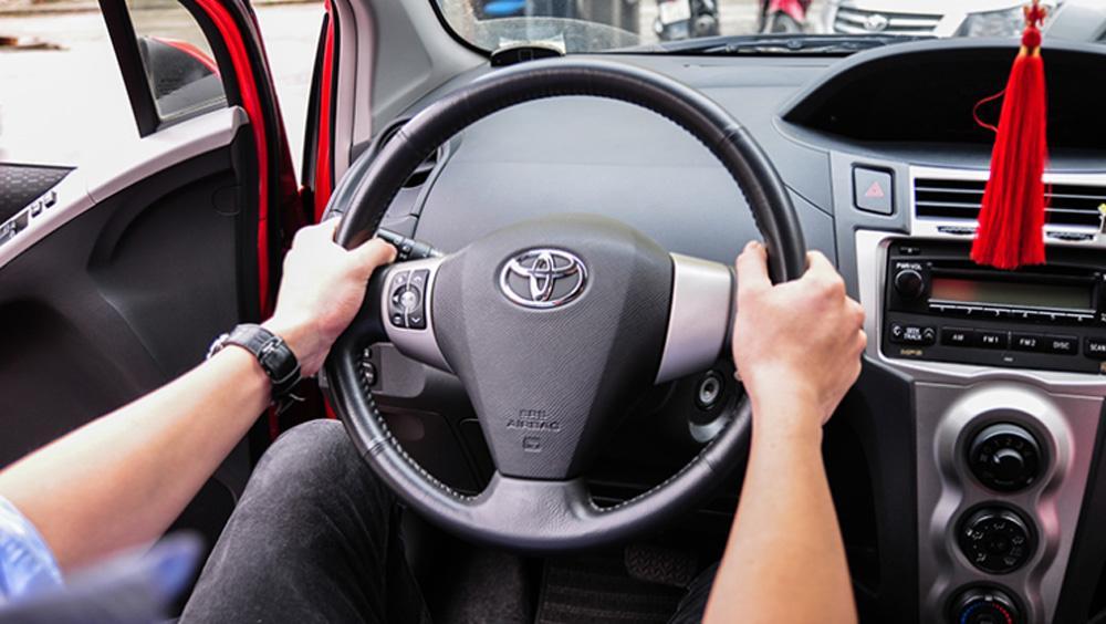 6 lý do khiến vô lăng bị nặng và trả lái chậm